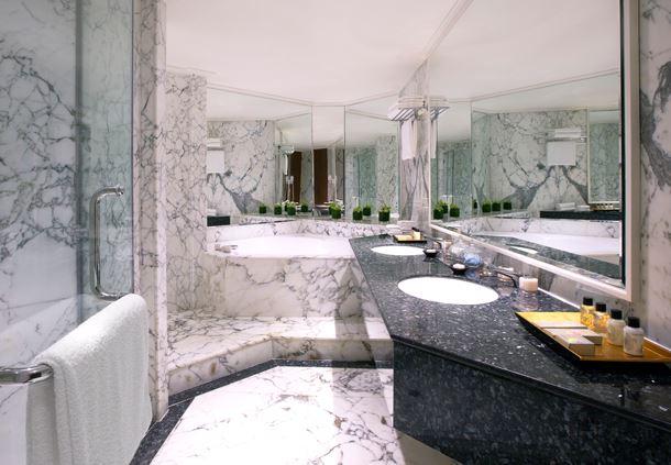 Royal Suite Monaco - Bathroom