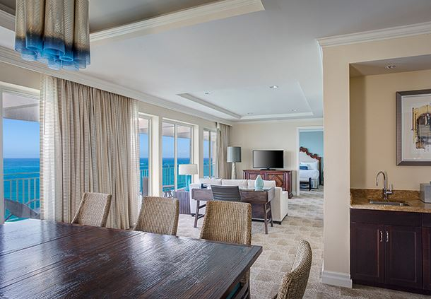 Vice-Presidential Suite - Living Room