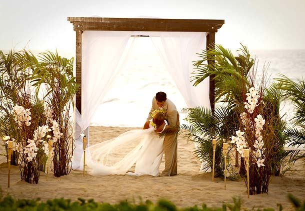 Condado Beach Wedding Ceremony