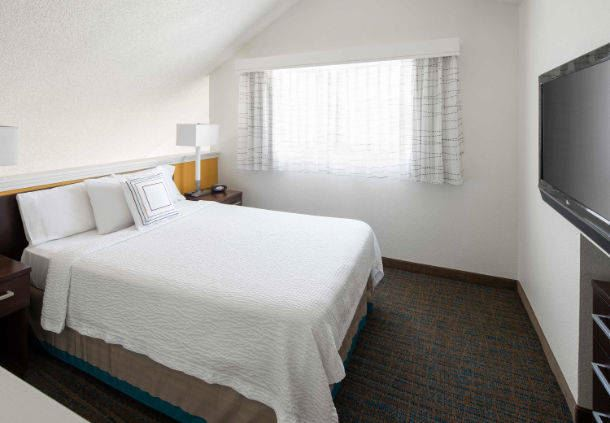Penthouse Suite Loft Area