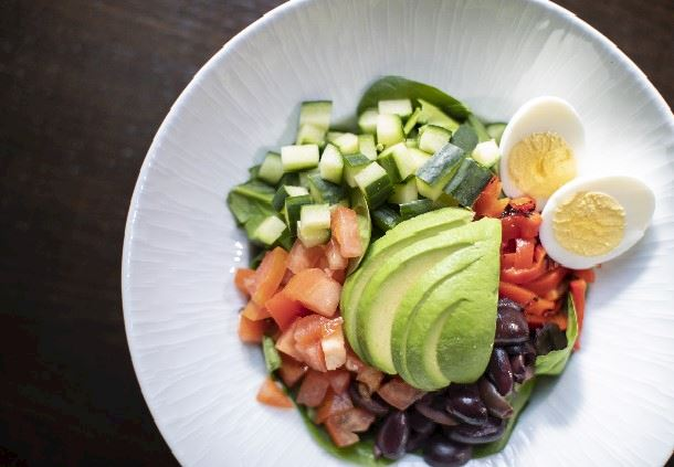Organic Spinach Cobb Salad
