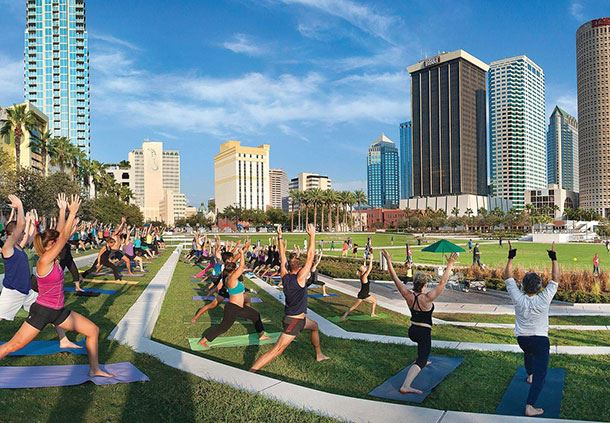 Curtis Hixon Waterfront Park - Yoga