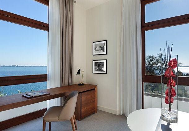 Deluxe Guest Room - View