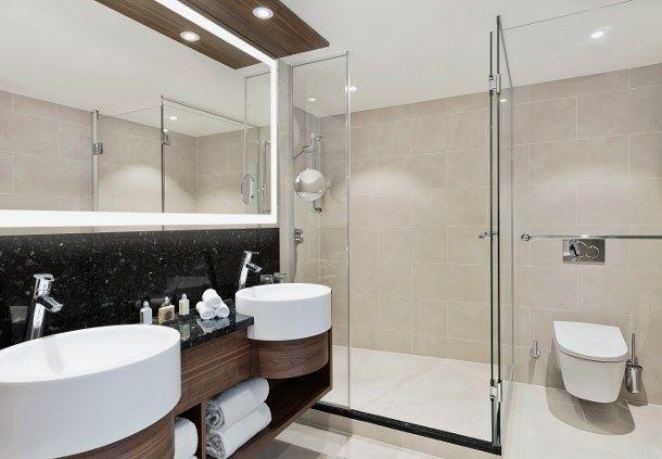 Park Suite Bathroom