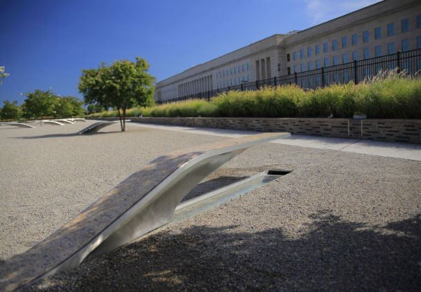 Pentagon Exterior and 9/11 Memorial