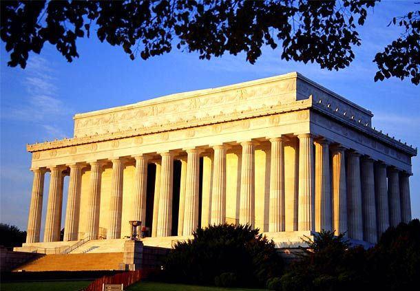 Lincoln Memorial exterior