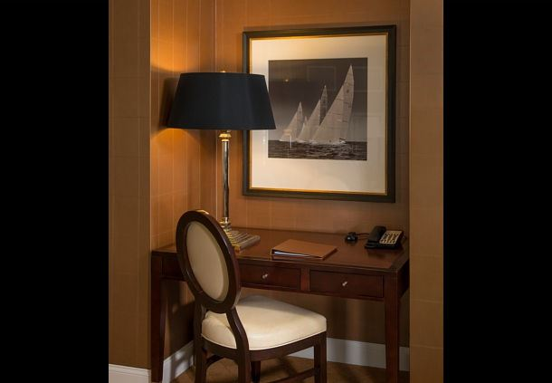 One-Bedroom Suite Desk