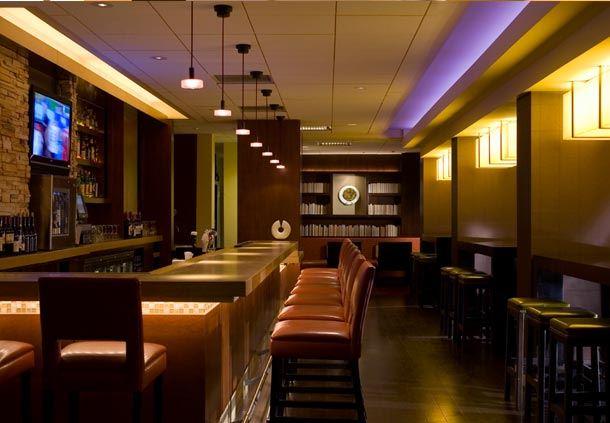Connexion Lobby Bar