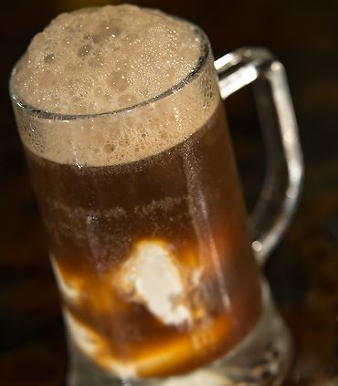 Shutters Bar & Kitchen - Root Beer Float