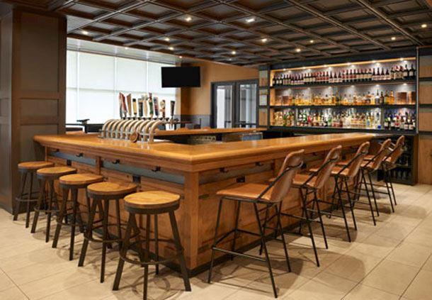 Fionn MacCool's - Bar
