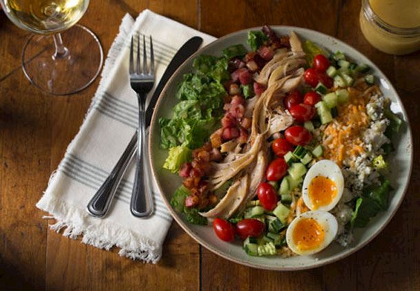 Fionn MacCool's - Cobb Salad