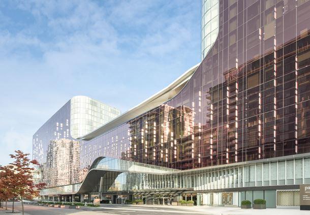 JW Marriott Parq Vancouver & the DOUGLAS