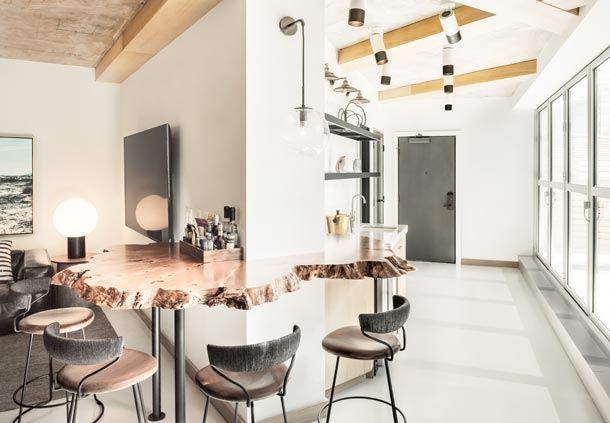 Apartment 108 - Bar