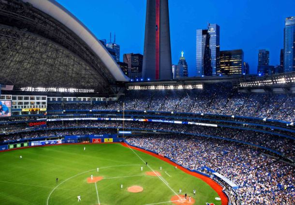 Delta Toronto and Rogers Centre