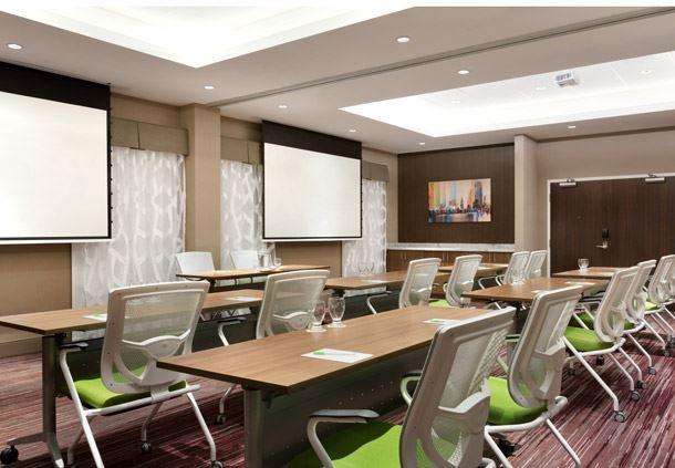 Superior Meeting Room