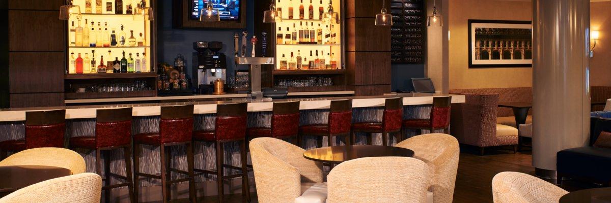 Day   Night Bar