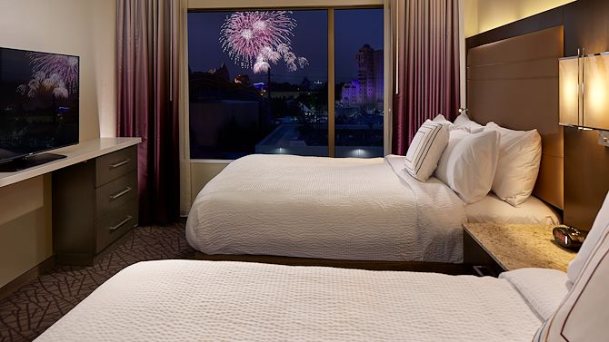 room-fireworks-view