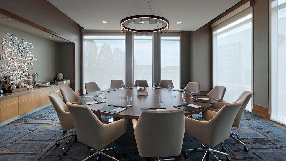 Cadence Boardroom