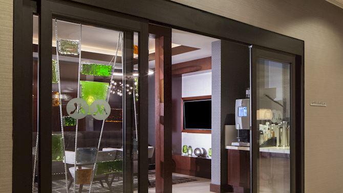 dalmt-club-Lounge-home02