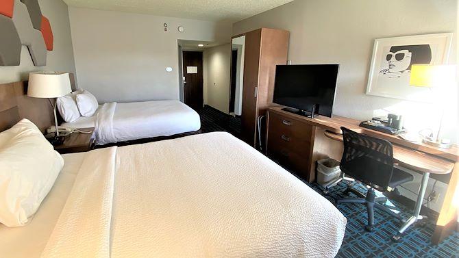 LASFI Two Queen Beds Room