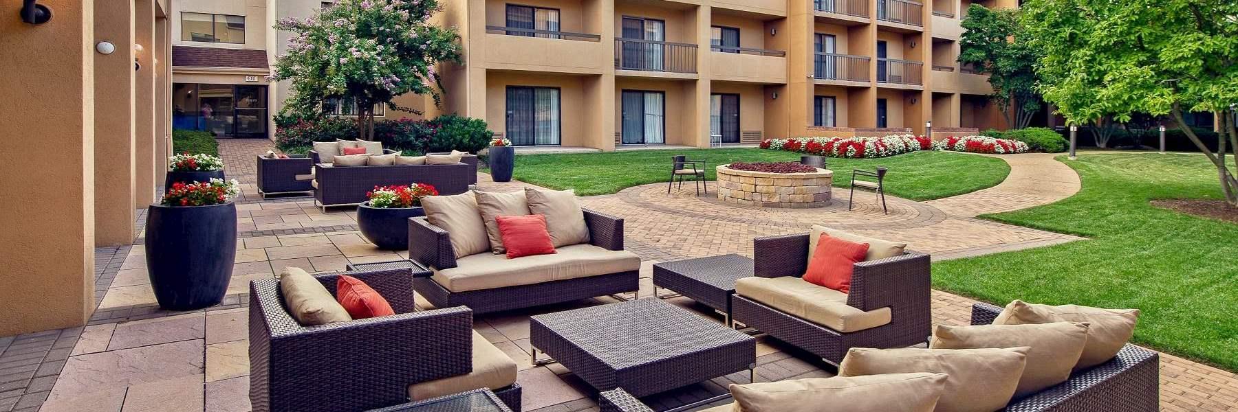 Courtyard Fairfax Fair Oaks