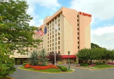 Hotel near LaGuardia Airport (LGA)