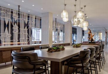 LaGuardia Airport hotel restaurant