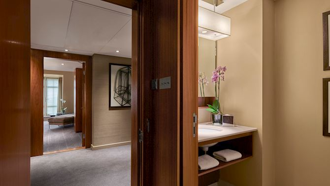 lonak-suites-home03