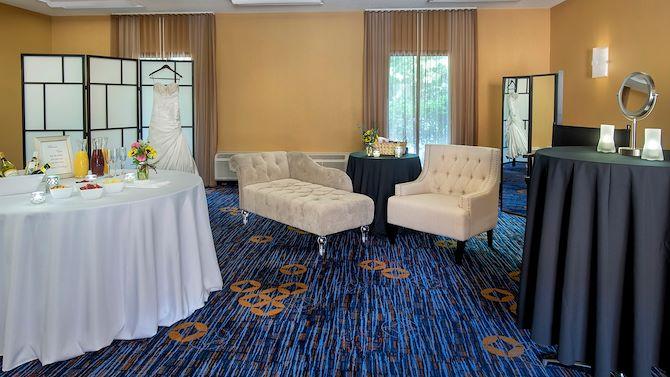 mhtch_wedding_home2