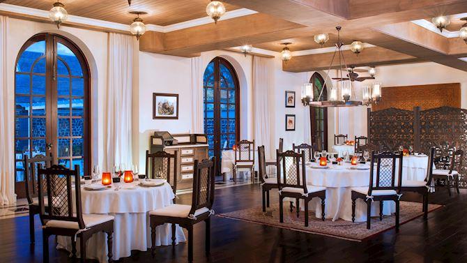 mruxr-dining-simplyindia