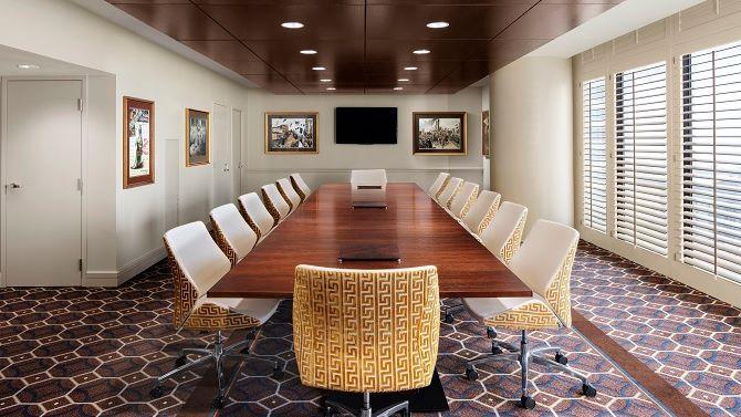 msyis_sheratonofficeclub_boardroom