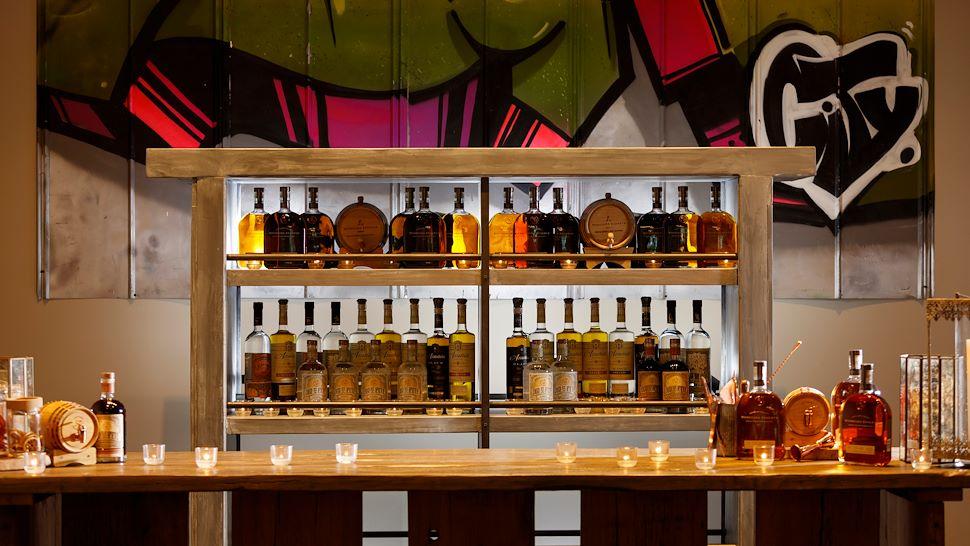 Costa Del Sol Ballroom Foyer Bar