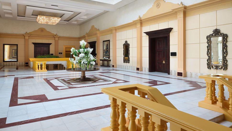 Marriott Convention Center Foyer