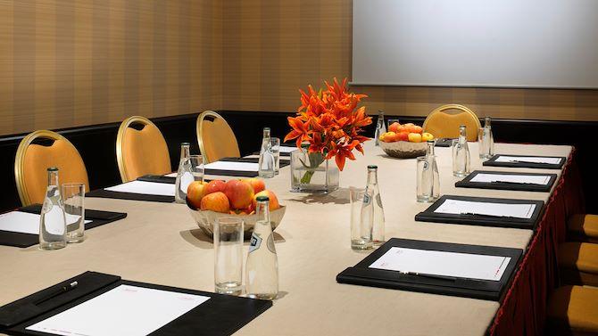 ruhsa-meetings-boardroom