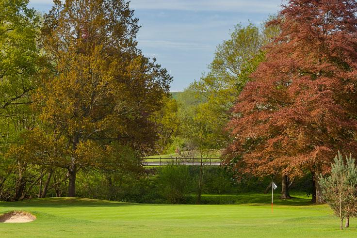 Tudor Park Country Club - 10th Hole