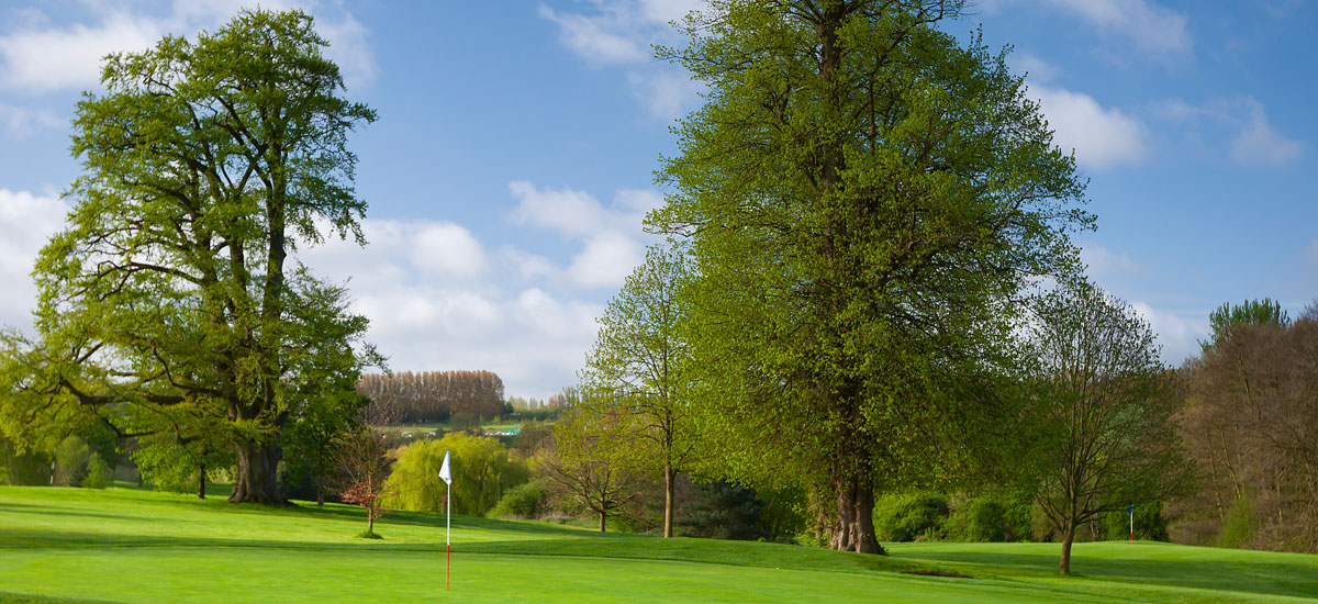 Tudor Park Country Club - 2nd Hole