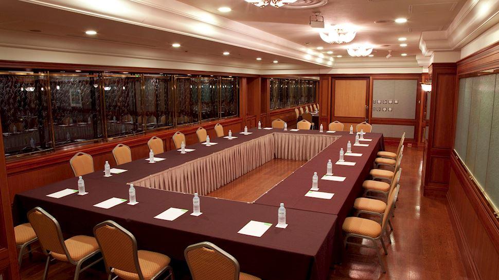 L'Osier D'or Meeting Room
