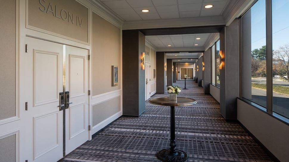 Galleria Ballroom Foyer