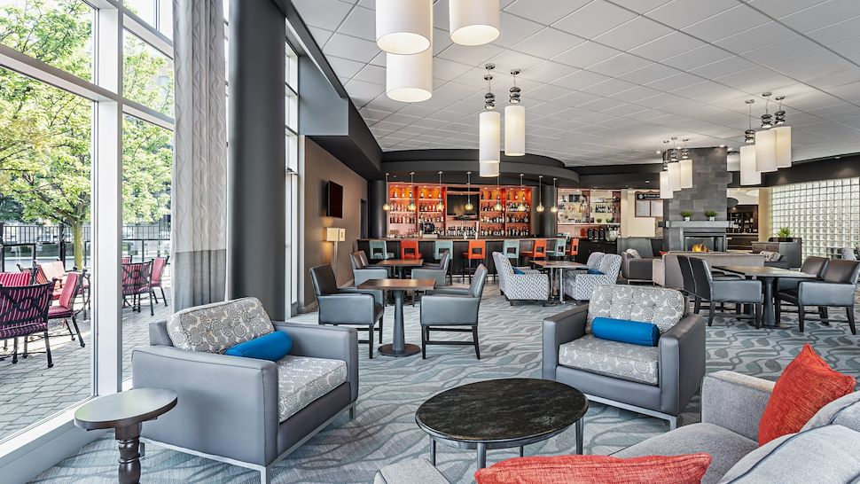 Bentley's Lounge. Unwind with a brew after a day of meetings